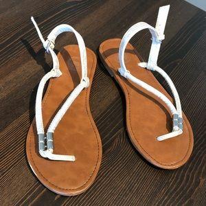 Women Sandals Size 8M